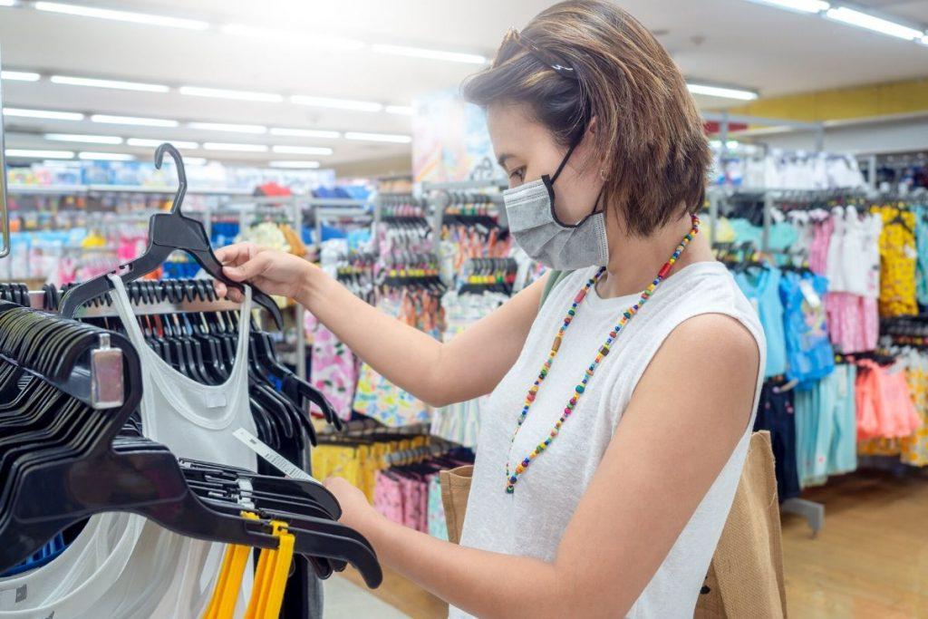 shopping del futuro tra web e negozio