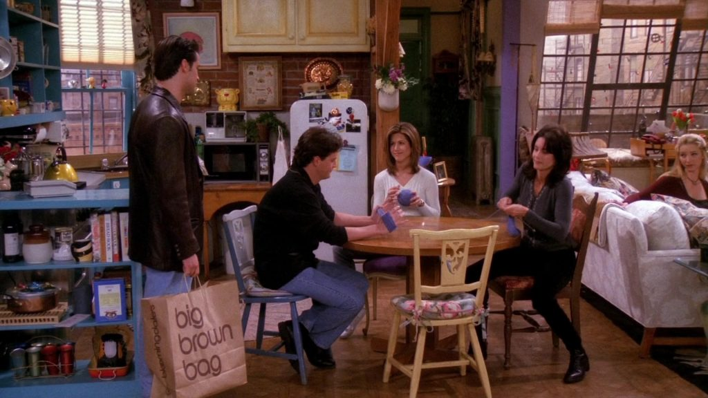 Big brown Bag Bloomingdales in Friends